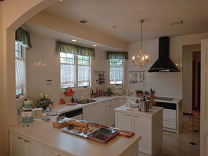 あえて魅せるというスタイルのキッチン